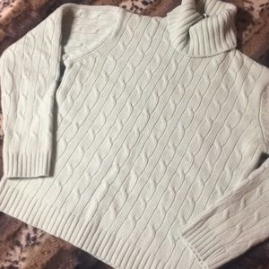 GAP 100% Wool Cable Knit Turtleneck Sweater